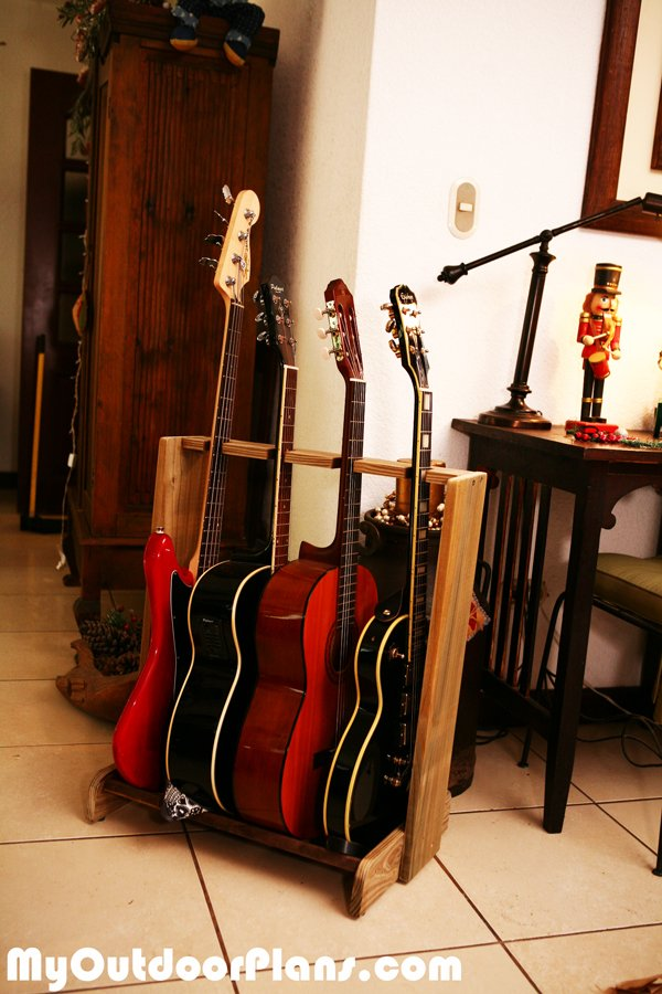 DIY Basic Multi-Guitar Stand