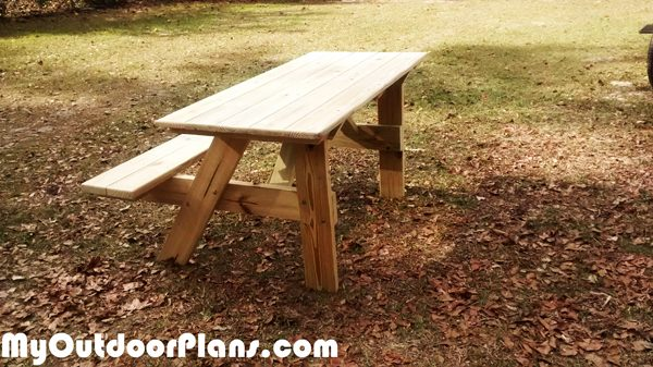 Diy 5 39 handicap picnic table myoutdoorplans free for Wheelchair accessible picnic table plans