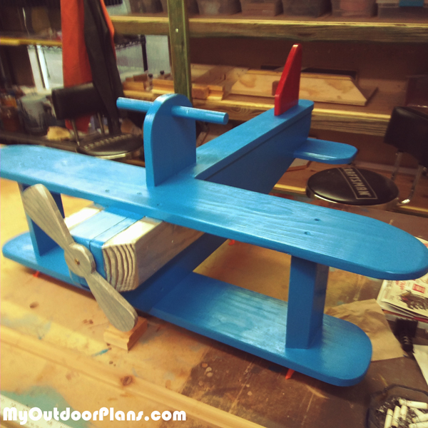 DIY-Wood-Airplane-Swing