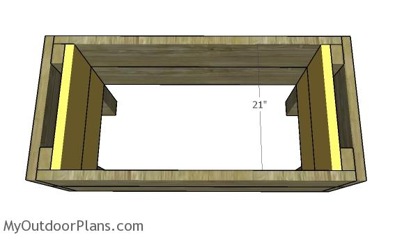 Fitting the interior box slats