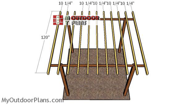 Fitting-the-rafters-to-pergola