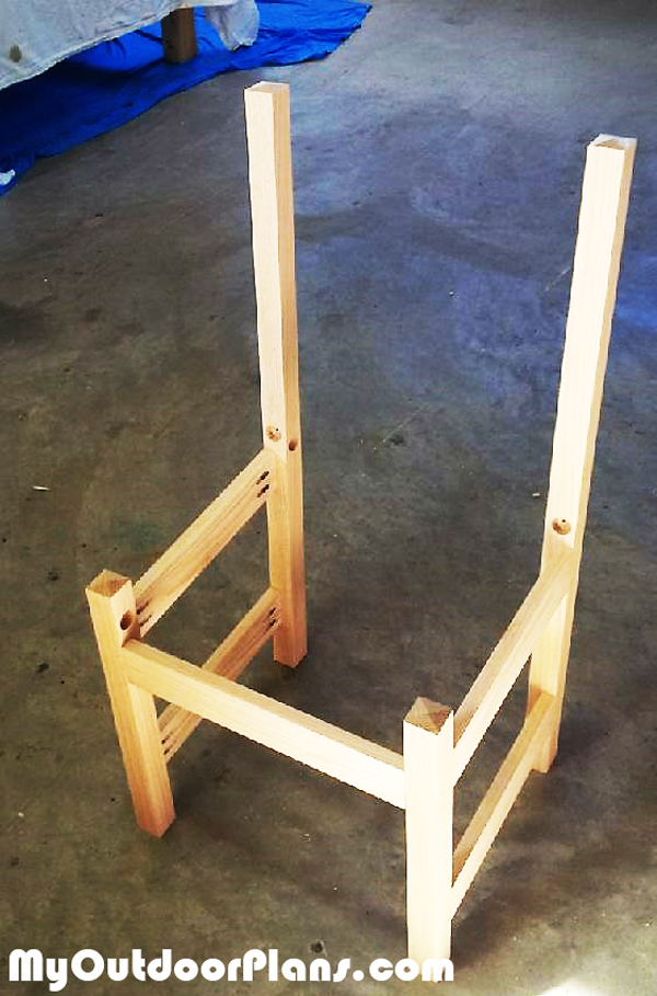 Building-the-base-of-the-chair