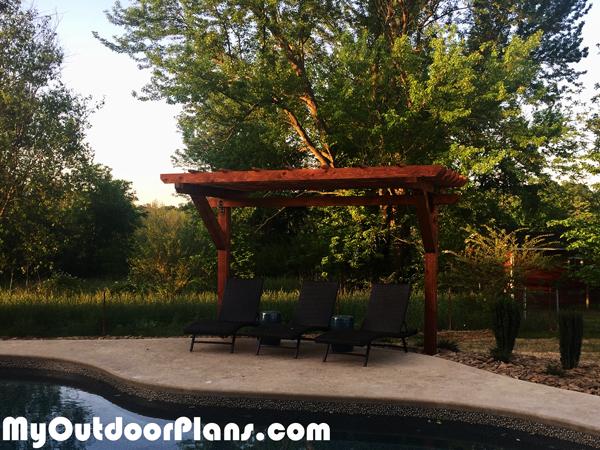 e97692f2d32 DIY 2 Post Cedar Pergola | MyOutdoorPlans | Free Woodworking Plans ...
