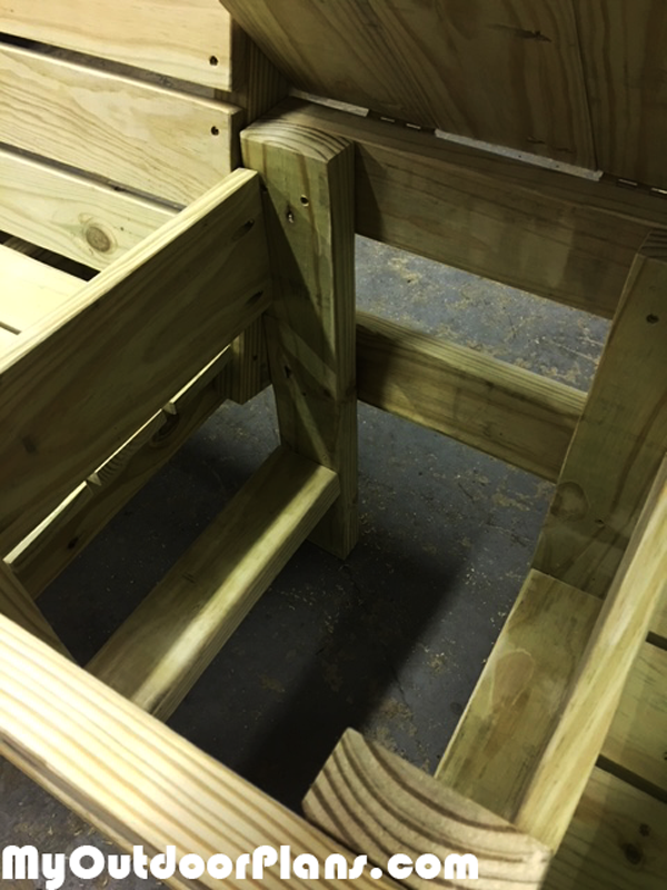 DIY-Large-double-chair-bench-with-cooler