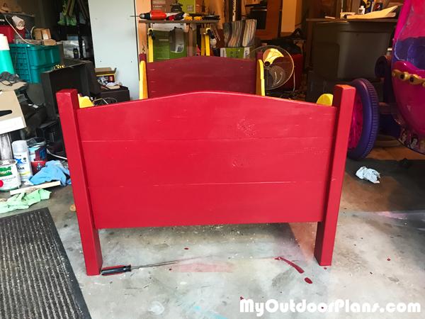 DIY-Toddler-Bed
