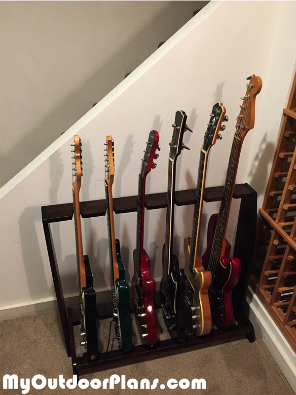 DIY-Wood-Guitar-Rack