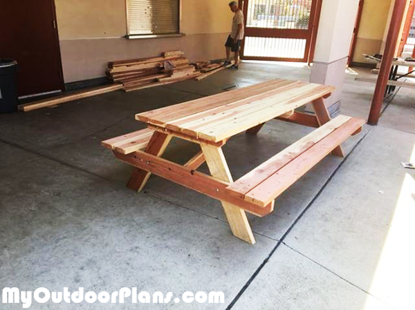 Diy 8 Ft Redwood Picnic Table Myoutdoorplans Free Woodworking Plans And Projects Diy Shed