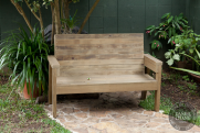DIY 2×4 Outdoor Wooden Bench