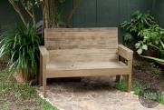 DIY 2×4 Outdoor Wooden Bench