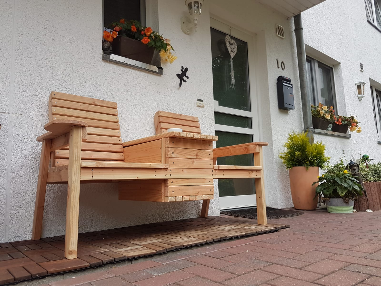 DIY Garden Double Chair Bench with Cooler