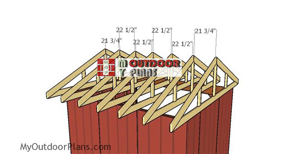 Fitting-the-trusses---10x12-run-in-shed