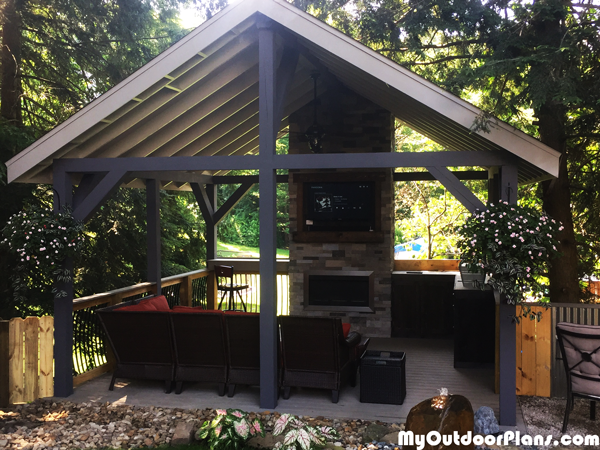 DIY 16×16 Outdoor Pavilion