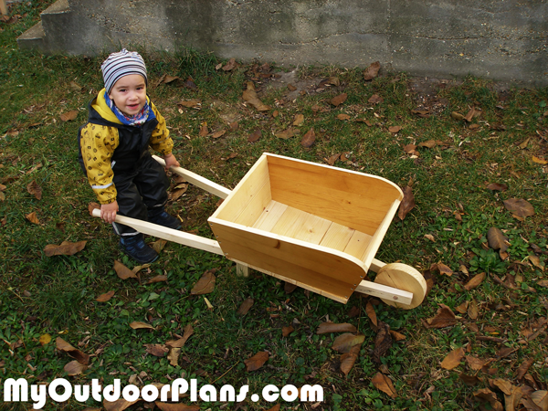 DIY Wooden Wheelbarrow