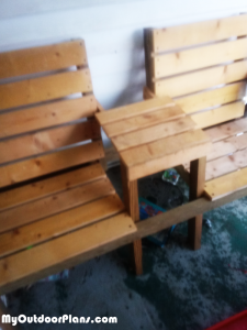 DIY-Double-seat-with-table