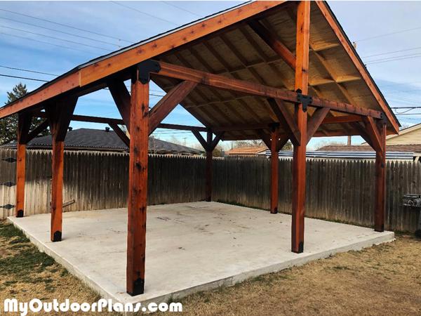 Building-a-20x20-pavilion