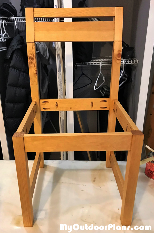 Building-the-frame-of-the-chair