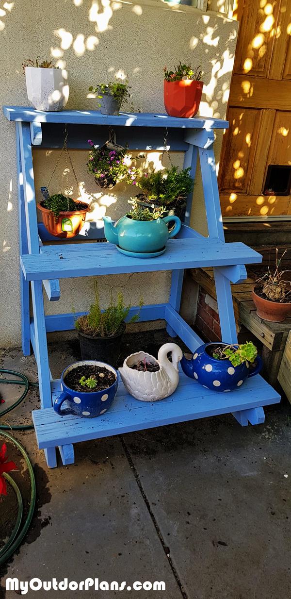 DIY 3 Tier Outdoor Plant Stand