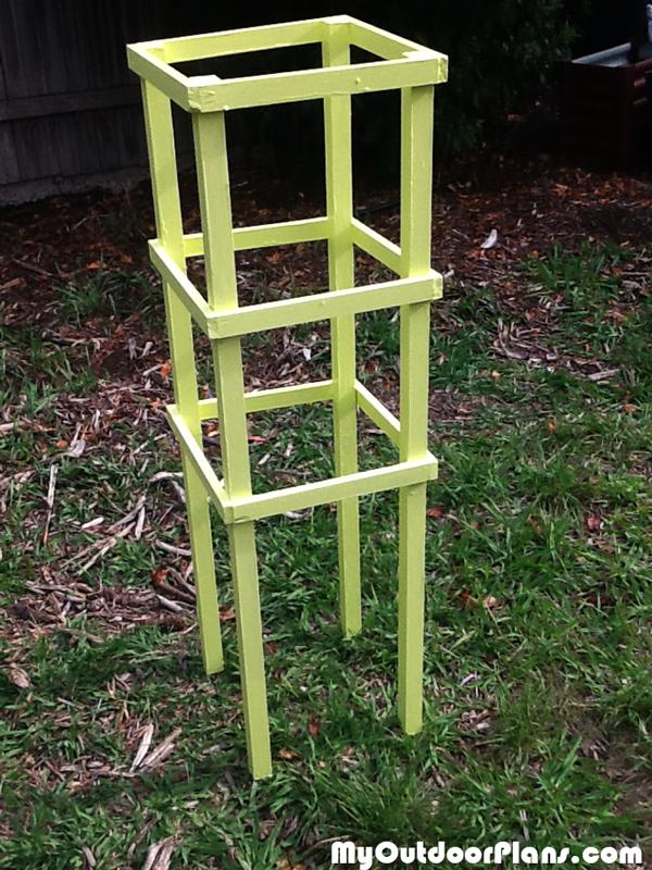 Simple-tomato-cage
