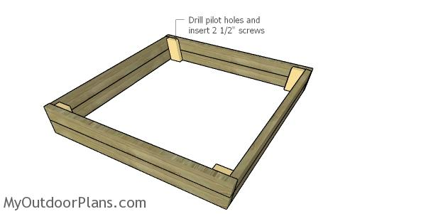 Assembling the frame for the sandbox