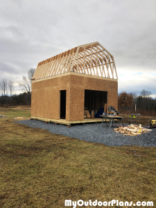 Building-the-roof-for-the-16x20-barn-shed