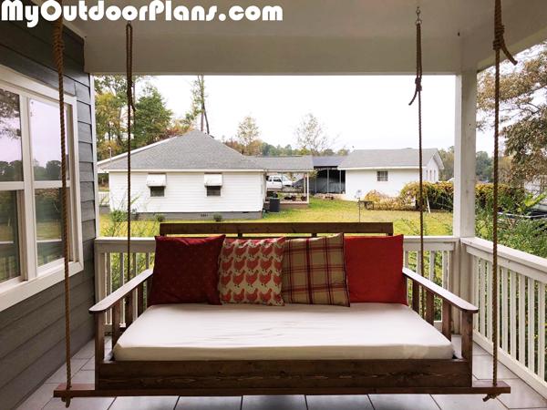 DIY-Swing-Bed