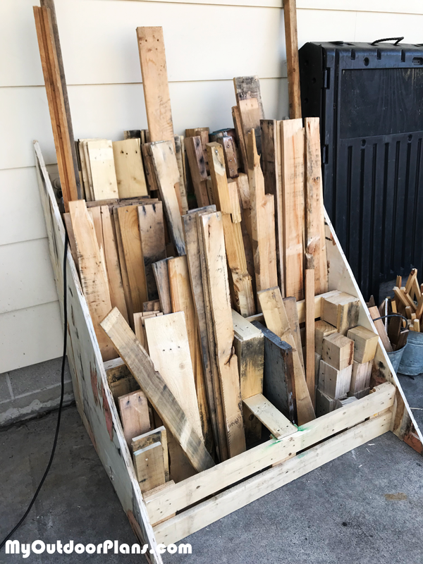 Building-a-storage-bin-for-pallet-wood