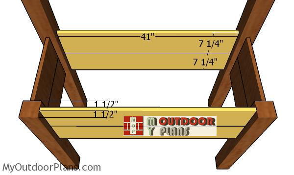 Fitting-the-boards-to-the-planters-
