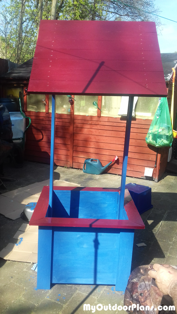 Wooden Wishing Well - DIY Project