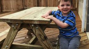DIY Child Picnic Table
