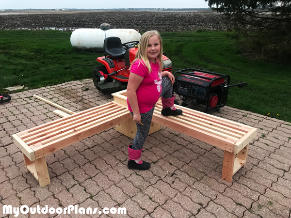 DIY Corner Bench with Planter Box