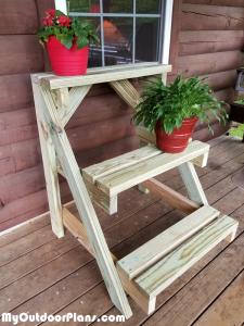 DIY-Plant-stand