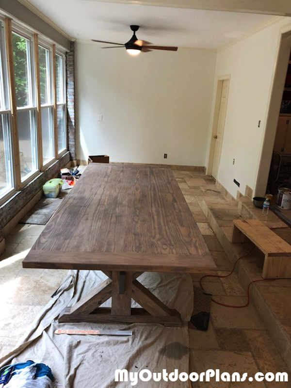 Building-a-farmhouse-table