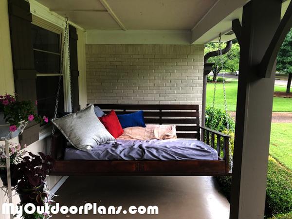 DIY-Porch-Swing-Bed