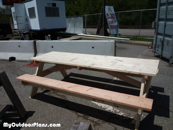 How-to-build-a-8-ft-picnic-table