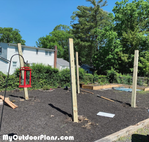 Laying-out-the-pergola-posts