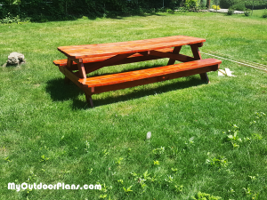 8-ft-picnic-table---DIY-Project