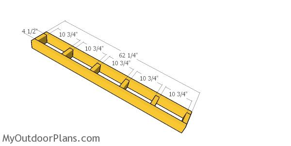 Overhangs - 4x12 shed