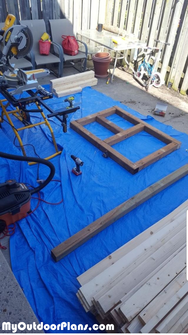 Building-the-base-frame-for-the-outhouse