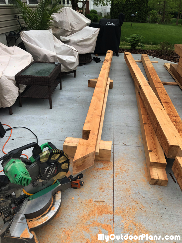Making-the-notches-to-the-beams