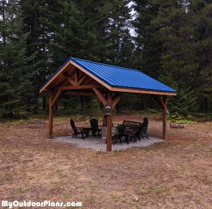 DIY-14x14-Outdoor-Pavilion