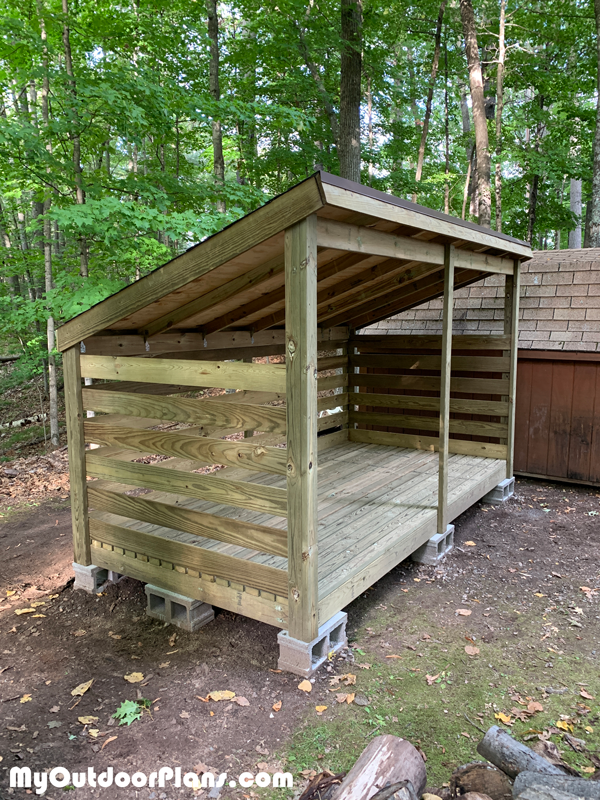 Building-a-firewood-storage-shed