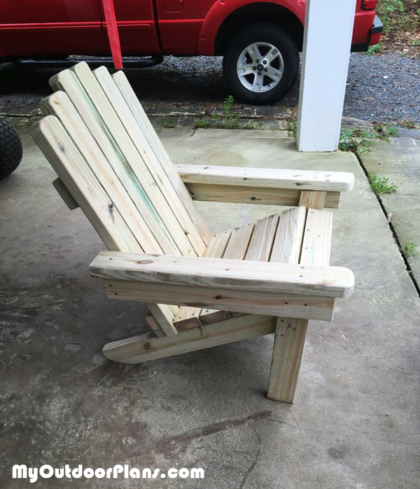 DIY Sturdy 2x4 Adirondack Chair