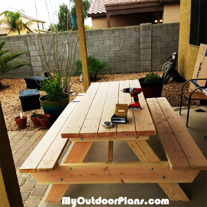 DIY-8-ft-Picnic-Table-from-Wood