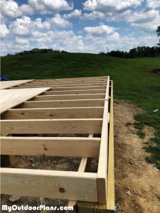 Fitting-the-floor-frame---16x16-shed