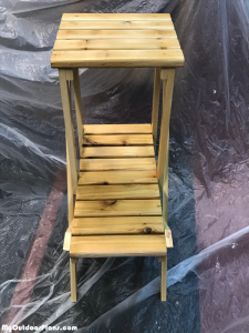 How-to-build-a-2-tier-planter-stand