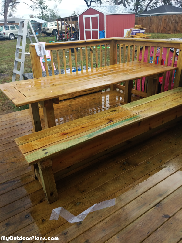 DIY Outdoor Table with Benches