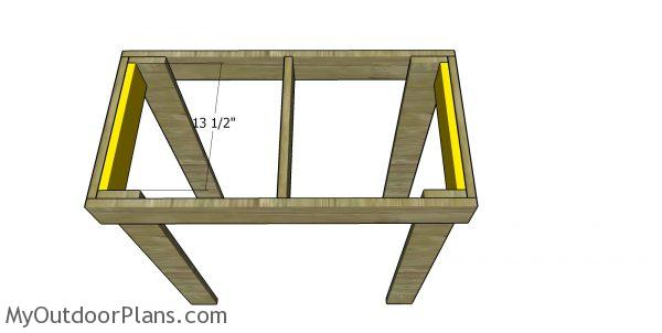 Miter saw station side supports