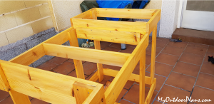 Frame-for-the-miter-saw-table