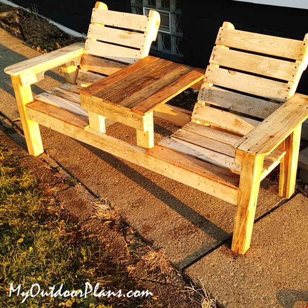 DIY Project - Outdoor Double Chair with Pallets