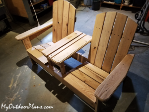 DIY-adirondack-chair-with-table-bench
